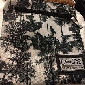 Dakine canvas crossbody bag